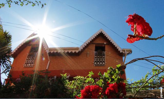 Chambres d 39 hotes antananarivo for Maison traditionnelle malgache